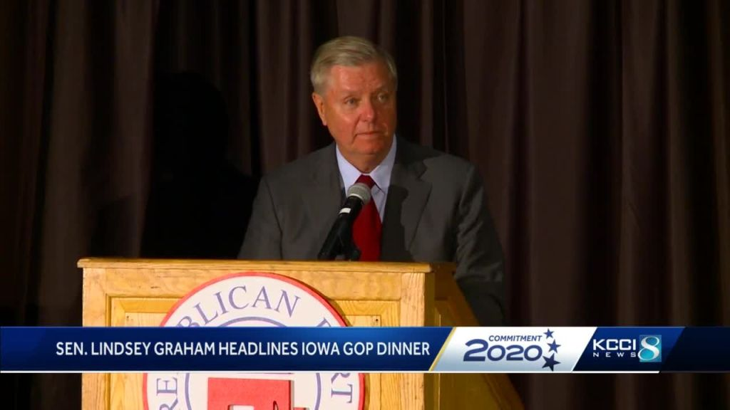 Sen. Lindsey Graham Calls Impeachment Inquiry a 'Joke' at Iowa GOP Dinner 2