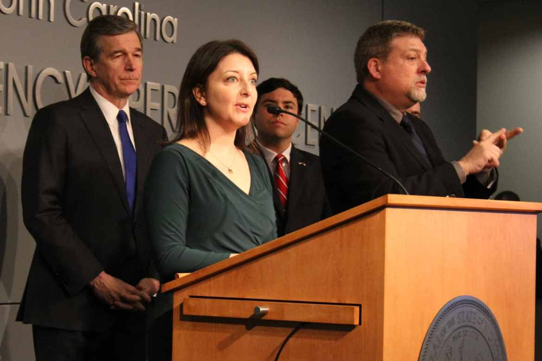 Governor regrets shutting down schools