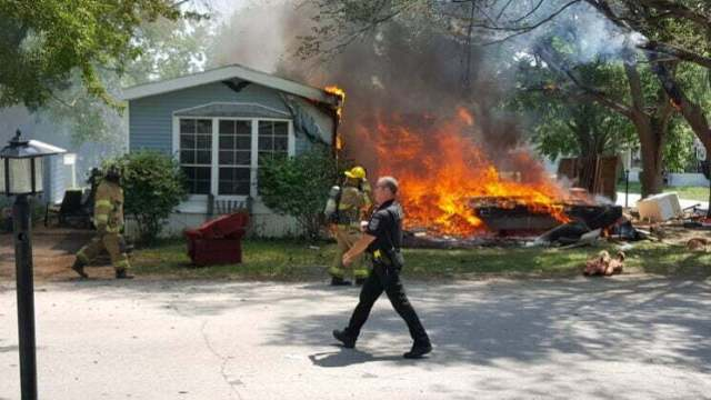 Fire destroys mobile home, damages second in Perry 4