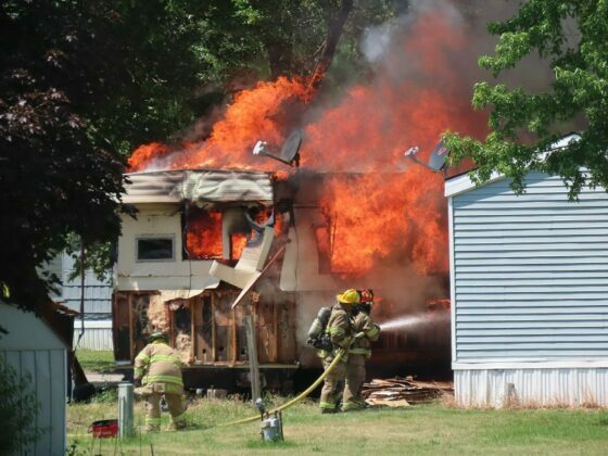 Fire destroys mobile home, damages second in Perry 6