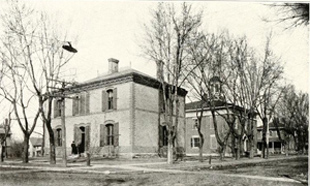 Buchanan County Jail and Courthouse (courthousehistory.com)
