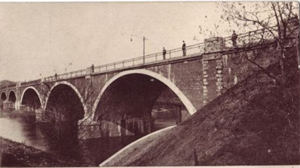 Postcard view of  the 6th Avenue Bridge over the Des Moines River