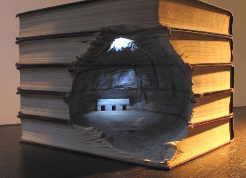 Carved-Books-by-Guy-Laramee-1