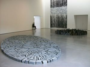 1024px-Richard_Long_at_The_Hepworth_Wakefield