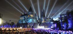Il 7 Aprile 2016 è stata aperta l'area tematica di Harry Potter agli Universal Studios Hollywood