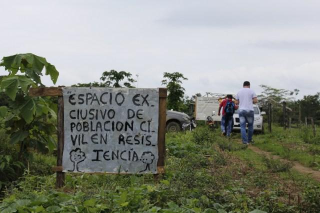 La disputa por la tierra ha generado un agudo conflicto con la restitución en diferentes zonas La Larga Tumaradó y ha originado agresiones a reclamantes que retornaron sin acompañamiento del Estado.