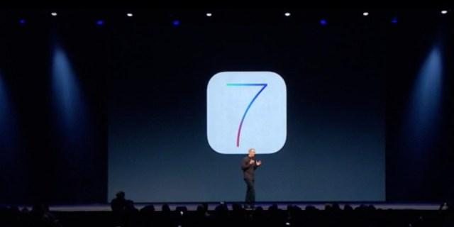Tim Cook präsentiert iOS 7 auf der WWDC 2013