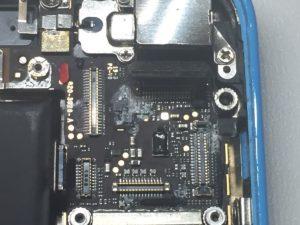 iPhone5c水没基板0129