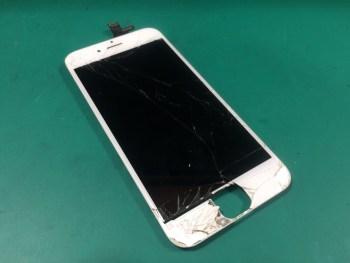 iPhone6修理前29/02/15