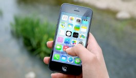 These iPhone Apps Will Help You Build Your Personal Brand