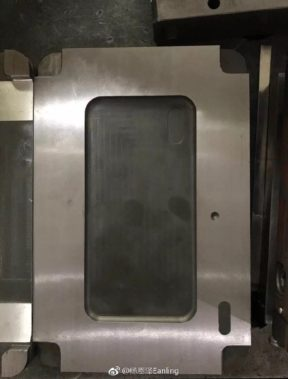 iPhone 8 mold-2