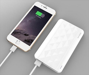 4 Ways To Charge An iPhone! Which Is The Fastest ...