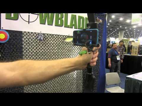 bowblade-e-un-accessorio-mostrato-al-macworld-2013-che-ci-permettera-di-tirare-con-l-arco-con-il-nostro-iphone