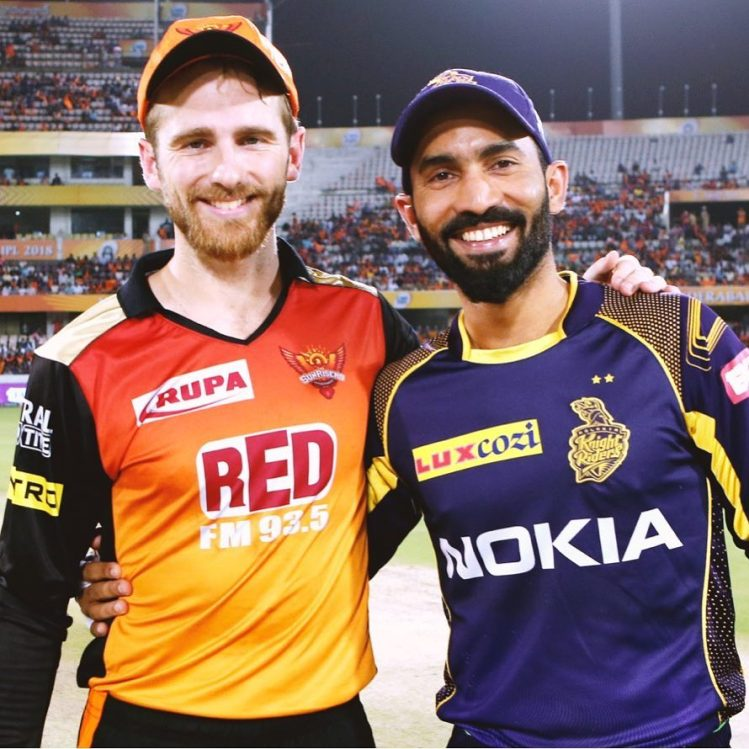 A collective team effort by KKR ensure their play-off ...