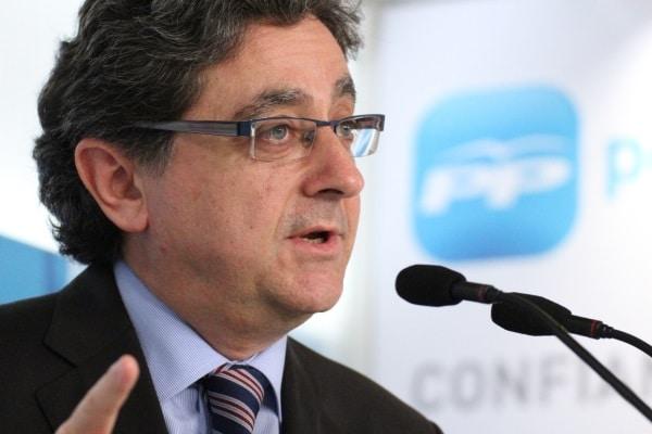 Enric Millo denuncia obstrucción de CiU y ERC