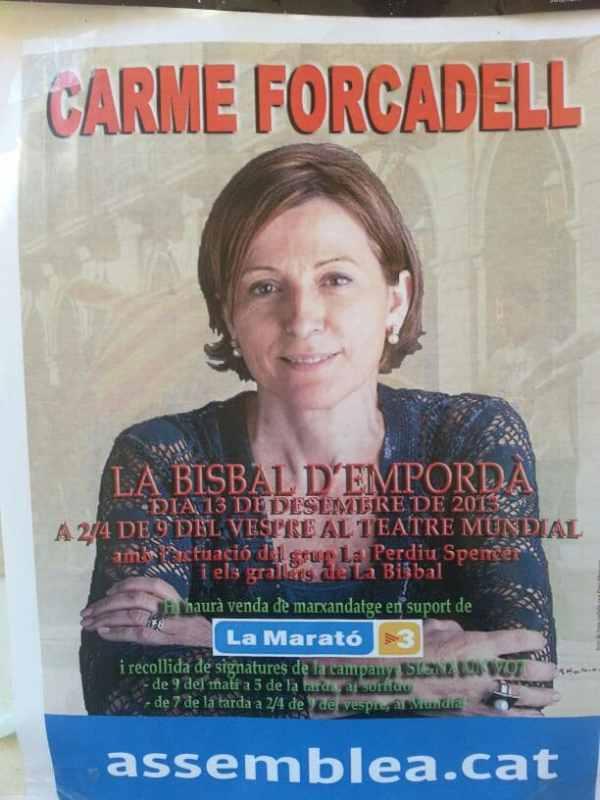 Carme Forcadell en el Ayuntamiento de La Bisbal