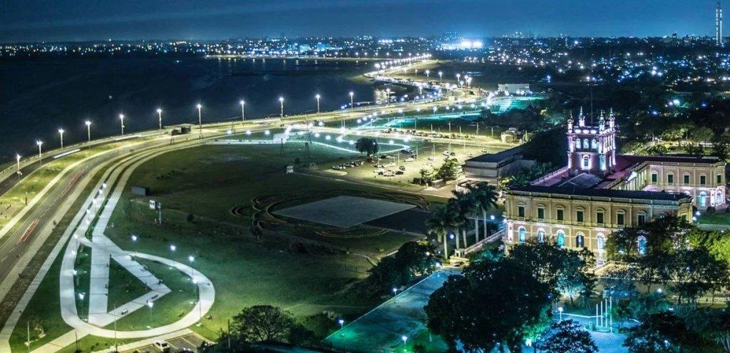 Hermosa vista desde la costanera de Asunción del Paraguay