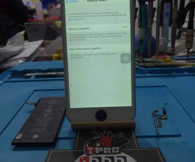 iPhone 6 Volume Button And Battery Replacement In iPro Ampang