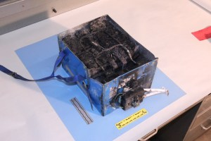 787 battery