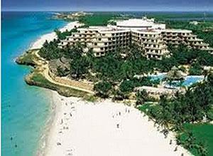 Las principales compañías hoteleras españolas lideran la presencia extranjera en los negocios del turismo en Cuba.
