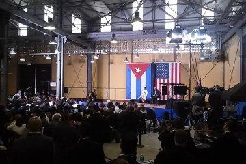 En el foro con emprendedores cubanos, Obama destaca las capacidades educativas de Cuba.