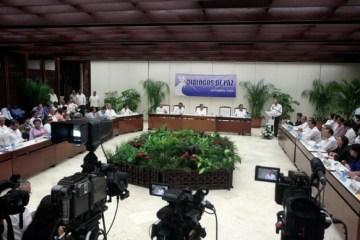 Los representantes del gobierno y la guerrilla colombiana agradecieron las gestiones de Noruega y Cuba como países garantes en el proceso negociador de la paz.