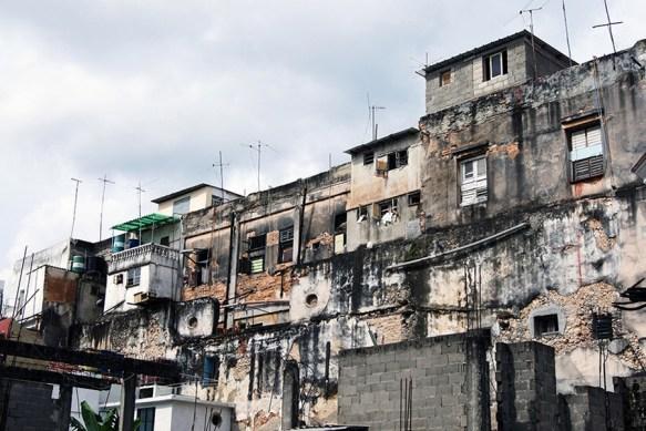 derrrumes de casas en mal estado habana cuba