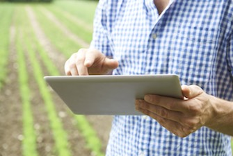 farm-tech-tablet-335