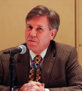 Chief Judge Randall Rader (CAFC, ret.) at the AIPLA annual meeting in 2014.