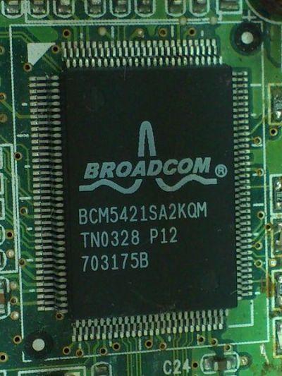 """""""Broadcom BCM5421SA2KQM"""" by Solomon203. Licensed under CC BY-SA 3.0."""