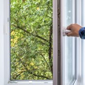 https://depositphotos.com/85912570/stock-photo-man-opens-pvc-window.html