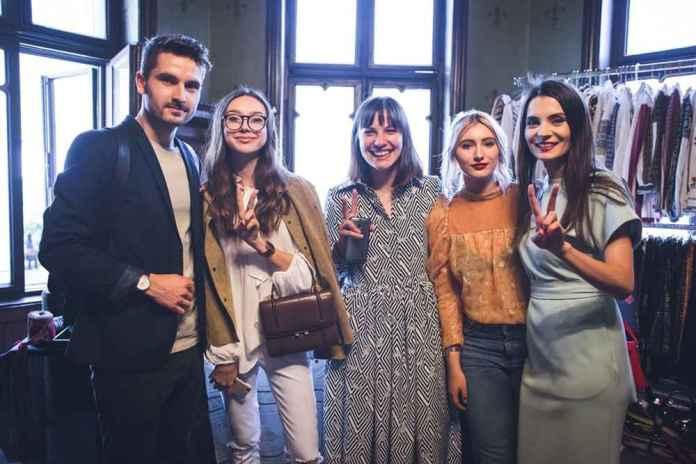 Beatrice Gutu (The Fashion Cuisine) si Echipa V for Vintage