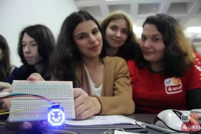 Imagine workshop (IoT4Girls)