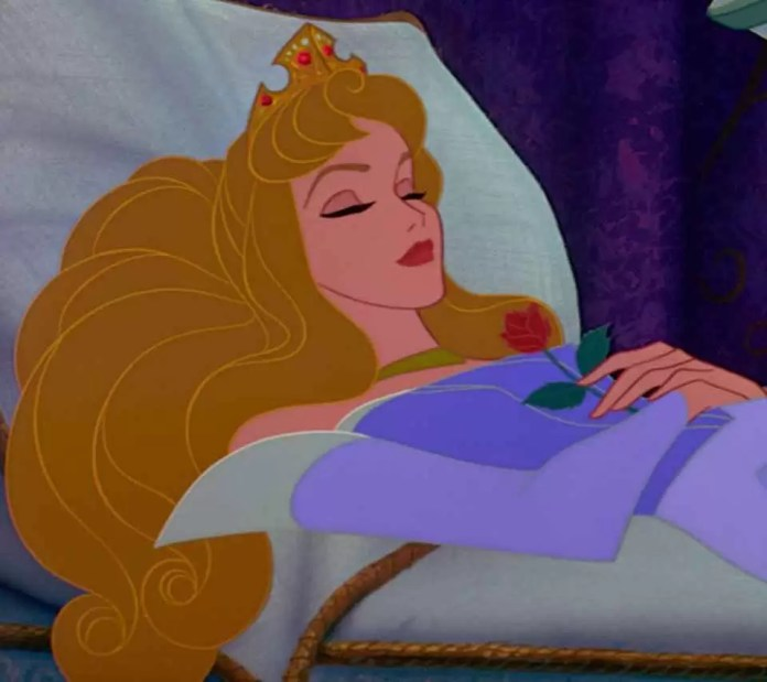 7 trucuri pentru a dormi mai mult si mai bine