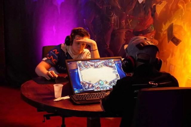 DreamHack Bucharest 2016 Hearthstone players