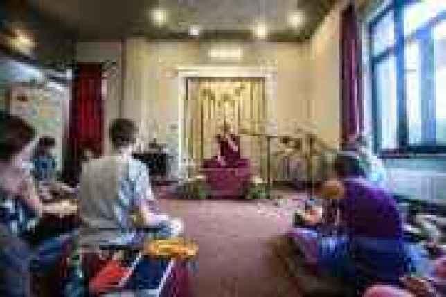 FOTO-ANDREEA-ARON-GONSAR Rinpoche-55-300x200