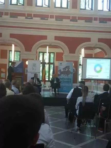 Dezbatere despre politicile de tineret ale UE