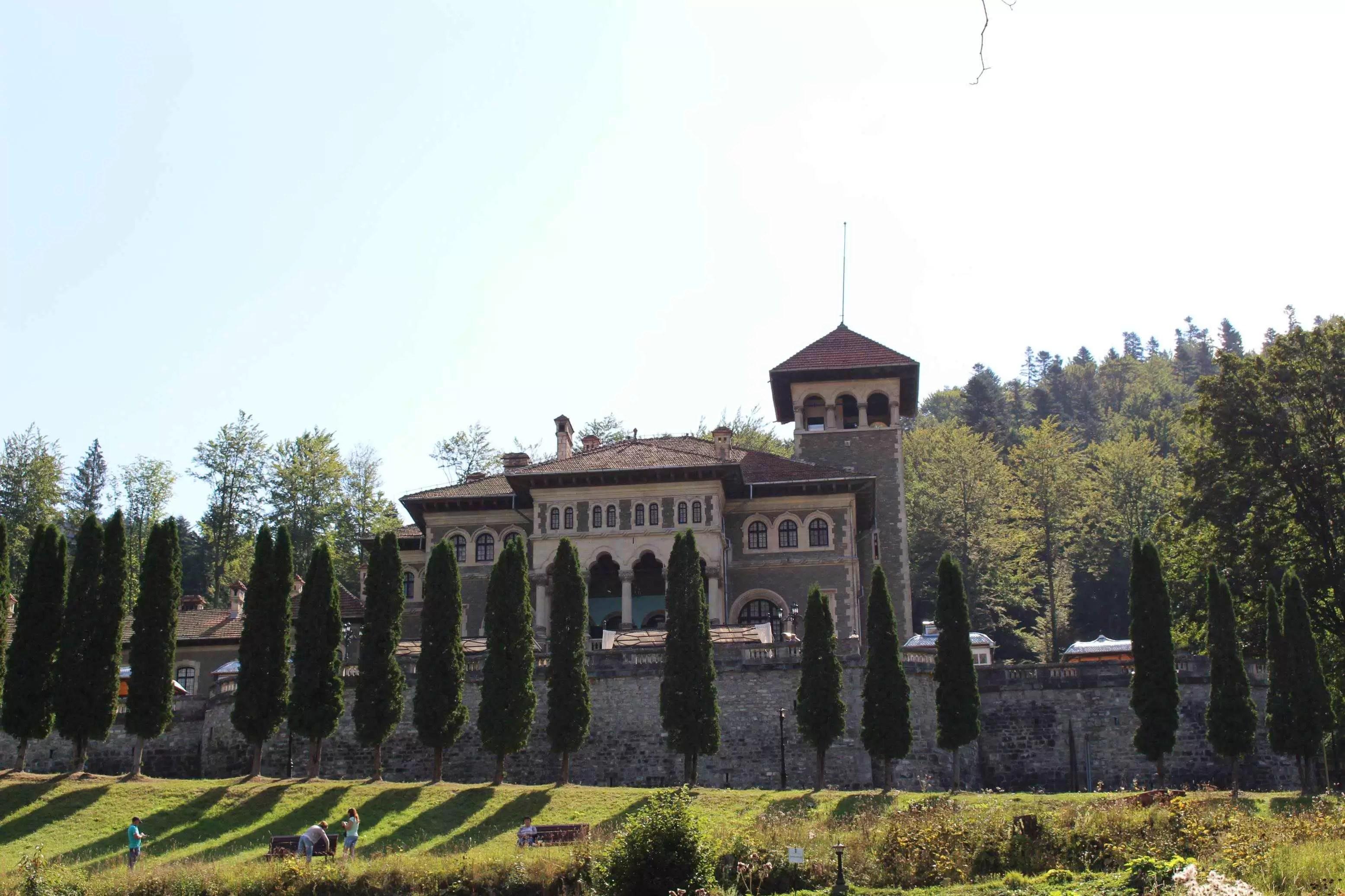 """Castelul Cantacuzino. Între """"povești"""" și realitate"""