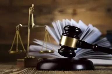 Lucrările de licență de la Facultatea de Drept vor fi verificate pentru plagiat