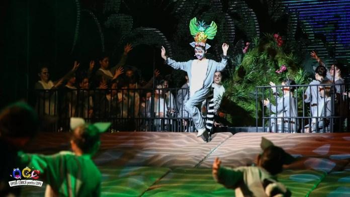 "afiș Madagascar - A Musical Adventure JR"""