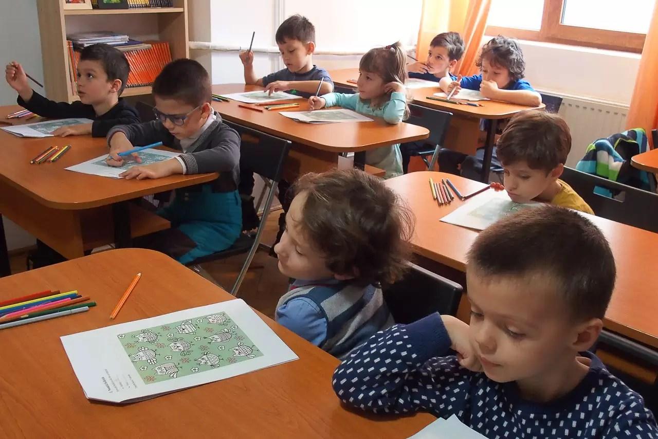 Clubul de Excelență - Peste 300 de copii vor beneficia de cursuri gratuite în noul an educațional