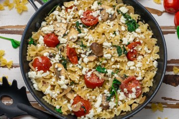 Farfalle Spinat Tomate