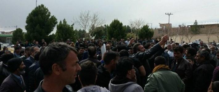 Iran:Tusentals bönder i protest mot regimen i Isfahan