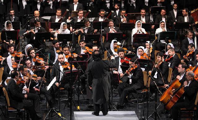 Women-of-Tehran-Symphony-Orchestra