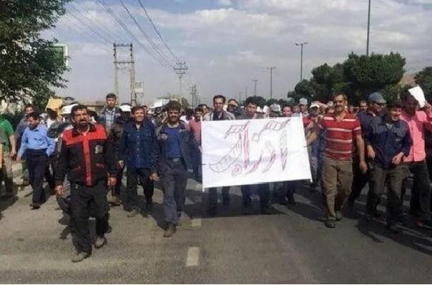 اعتصاب کارگران در آذرآب