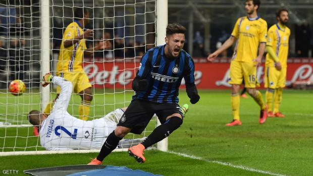 MILAN, ITALY - FEBRUARY 20:  Danilo D'Ambrosio of FC Internazionale Milano celebrates after scoring the opening goal during the Serie A match between FC Internazionale Milano and UC Sampdoria at Stadio Giuseppe Meazza on February 20, 2016 in Milan, Italy.  (Photo by Valerio Pennicino/Getty Images)