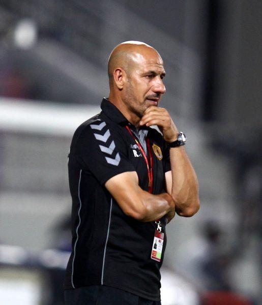 راضي شنيشل يستبعد أسامة رشيد من المنتخب العراقي