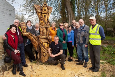 Joint project between Kanturk Tidy Towns and Kanturk arts Festival photo by Viv Buckley