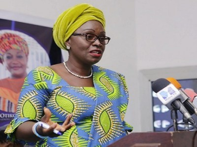 Stop demanding nudes from your fiancées - Minister advises Lovers