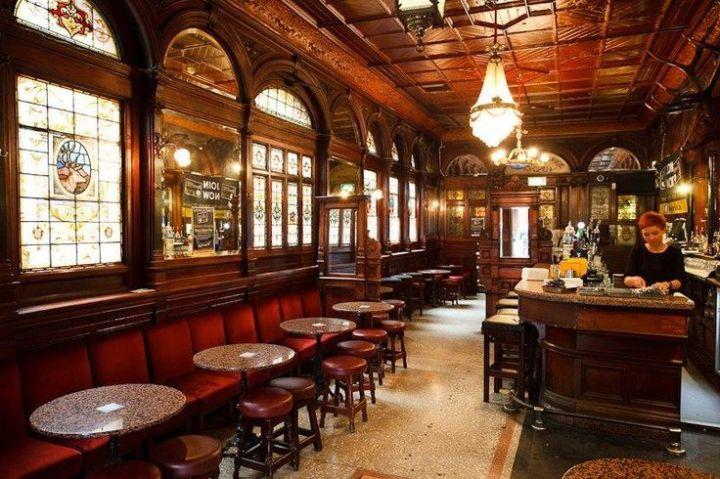 Traditional Pub Interior Design Ideas